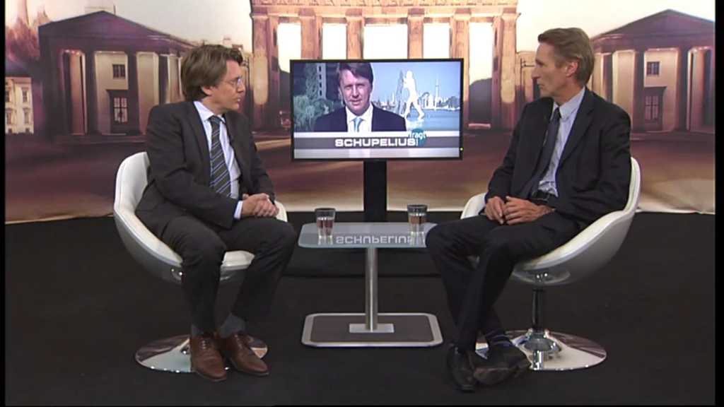Wie soll man an die DDR erinnern? Der Journalist Gunnar Schupelius spricht darüber mit Hubertus Knabe im Sender TV Berlin.