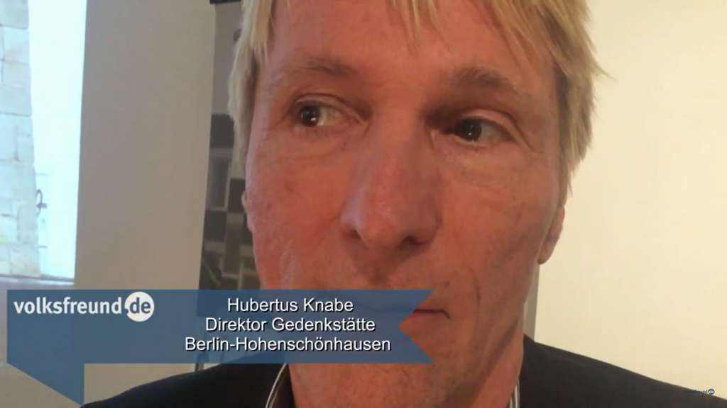 """Hubertus Knabe spricht im Interview mit der Zeitung """"Volksfreund"""" über das Marx-Denkmal in Trier."""