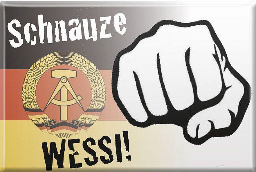 Schnauze, Wessi! - Kühlschrankmagnet mit DDR-Staatswappen
