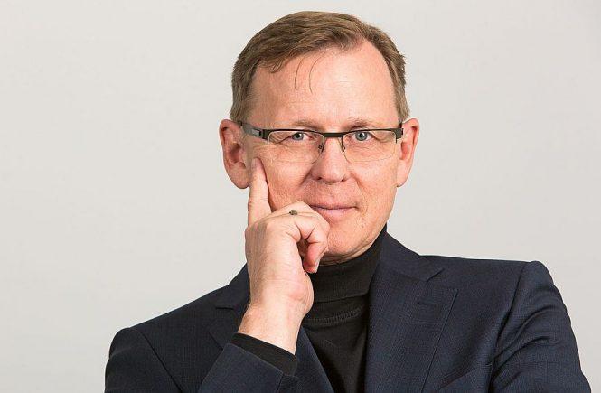 Regierungschef mit Stimmen der CDU - Portraitfoto des Linken-Politiker Bodo Ramelow (1)